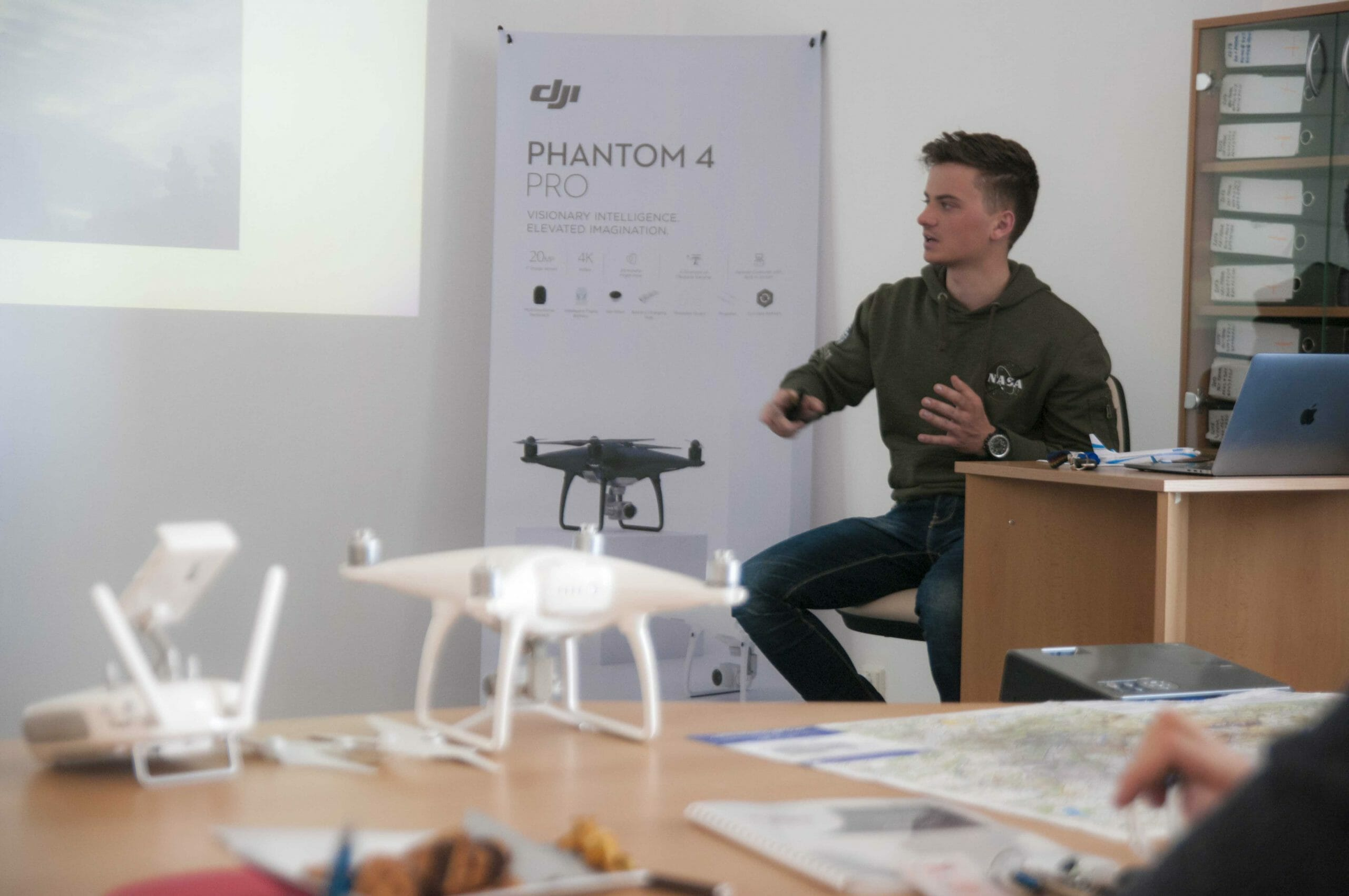 teoretický kurz s dronom online