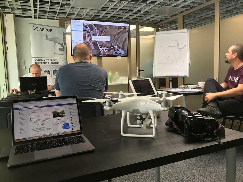teoretický kurz pre drony