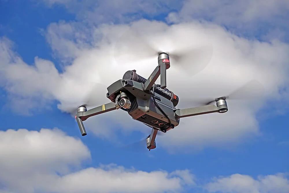 Dron mavic padák