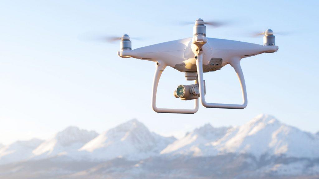 Zjednodušené lietanie s dronmi