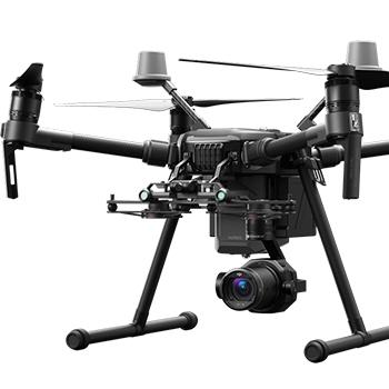 Profesionálny dron DJI Matrice 200 od spoločnosti DJI s využitím pre monitorovanie a priemyselné inšpekcie