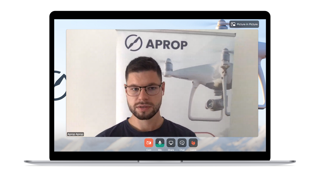 Online kurz pilota dronov - školiteľ Adam Kacvinský